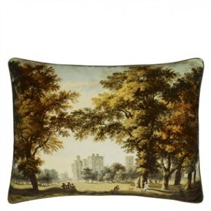 Windsor Velvet Moss pude by The Royal Collection