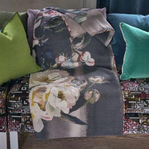 Plaid Delft flower Noir by DesignersGuild