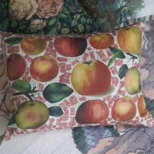 Designerpude Apples Carmine by John Derian