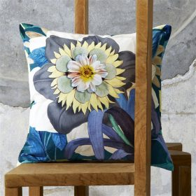 Designer pude Fleurs D`artifice Marais by Christian Lacroix