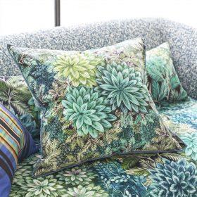 Designer pude Madhya Azure Velvet by Designers Guild